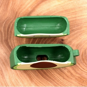 Ударопрочный силиконовый чехол для Apple AirPods Pro Rubber Avocado