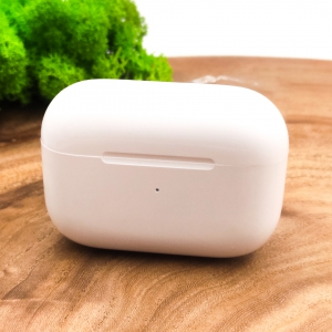 NEW Стер. Блют. AirPods Pro Recci Wireless Charging G50